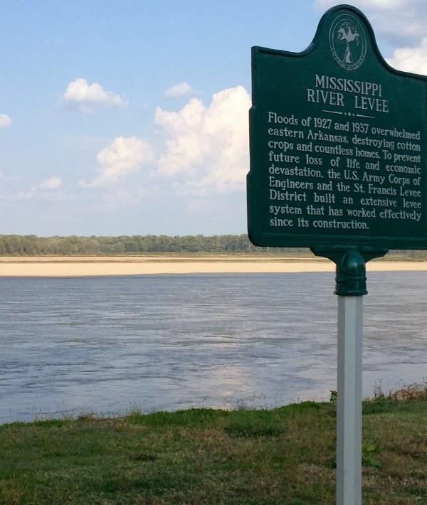 Helena Arkansas - Canoeing The Mississippi River - Only In Arkansas