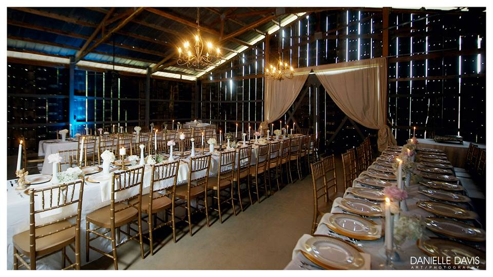The Barn at Twin Oaks Ranch - Arkansas Weddings