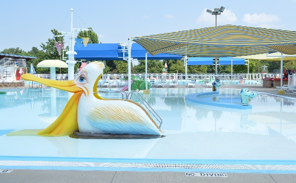 7 reasons to stop in springdale only in arkansas for Public swimming pools in little rock ar