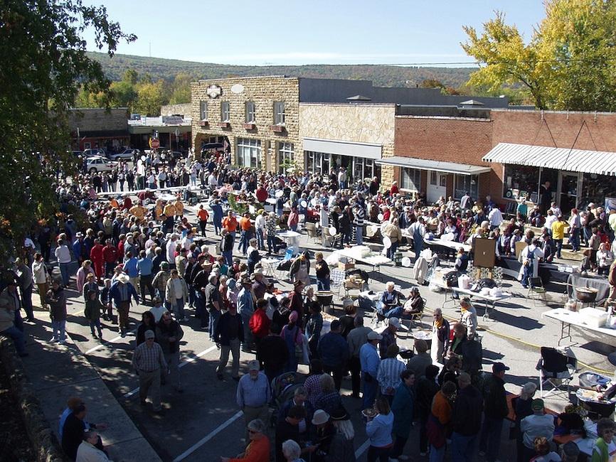 beanfest-mvchamber-crowds