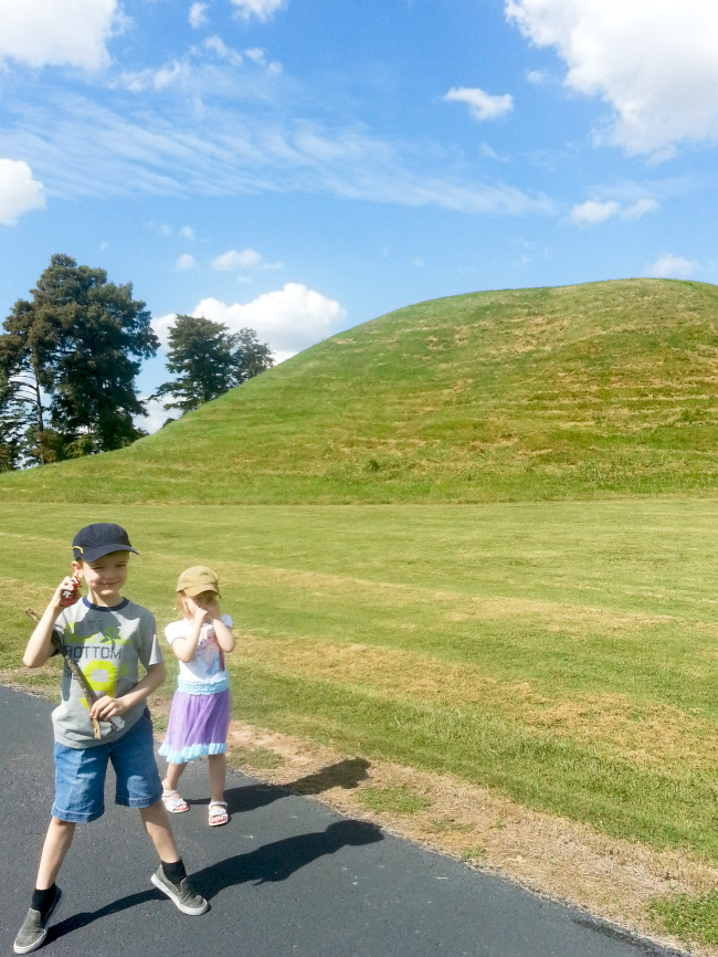 toltec-mounds-state-park-kids