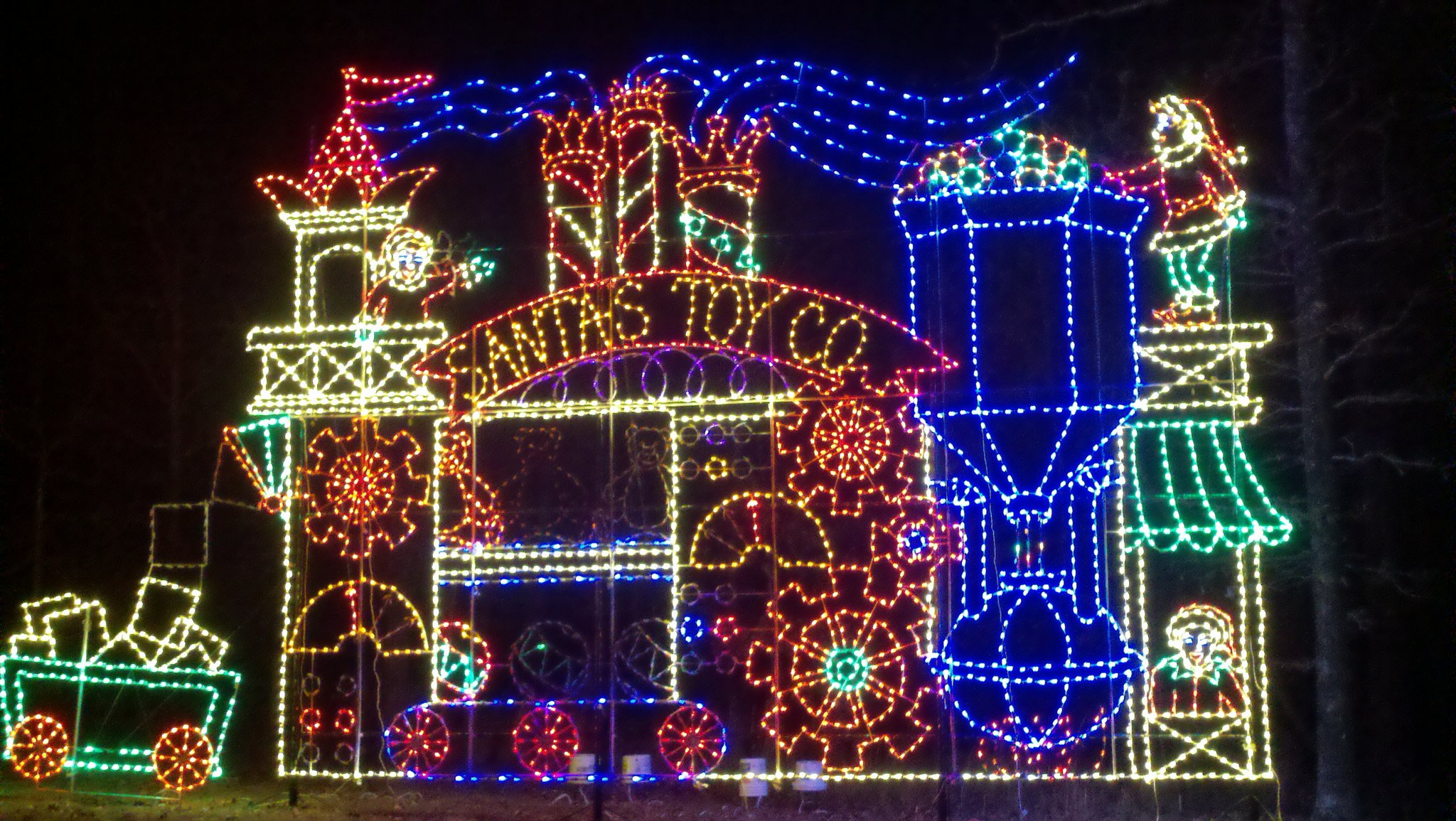 Arkansas holiday light displays 2014 only in arkansas for Ark holidays llp