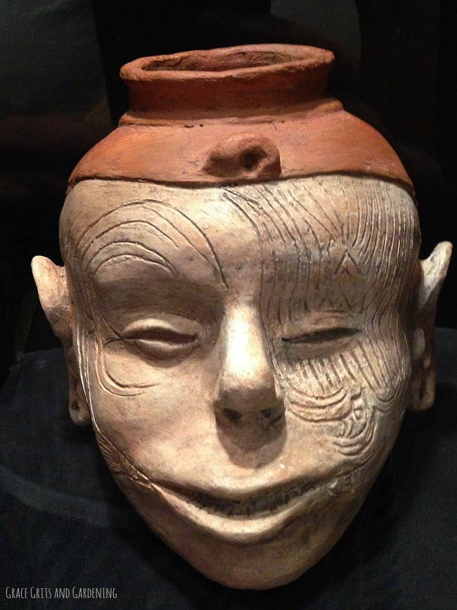 human effigy head - Hampson Museum