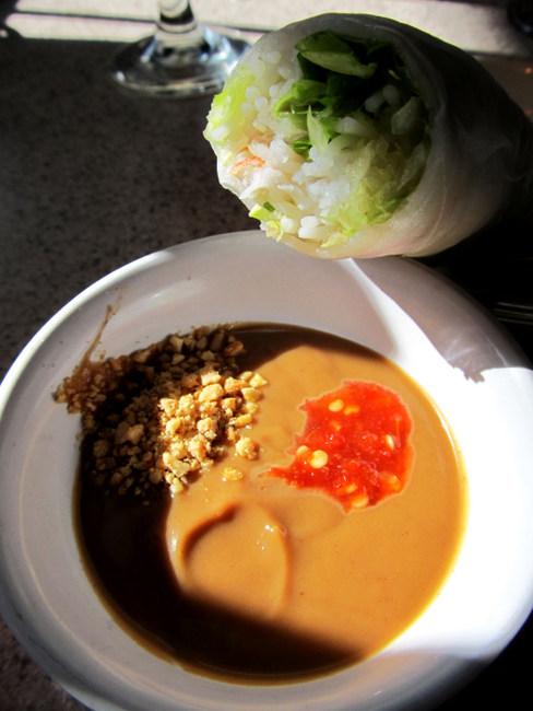 Papaya Spring Rolls With Peanut Sauce Recipe — Dishmaps