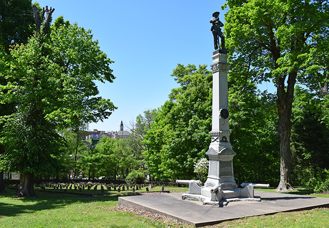 Monument at Confederate Cemetery