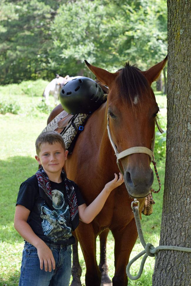 Barnyard-Friends-Trail-Rides