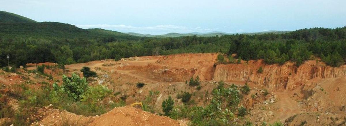 Digging Crystals in Arkansas | Only In Arkansas
