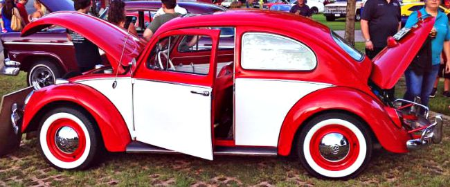 VW Beetle at Friday Night Kruzin'