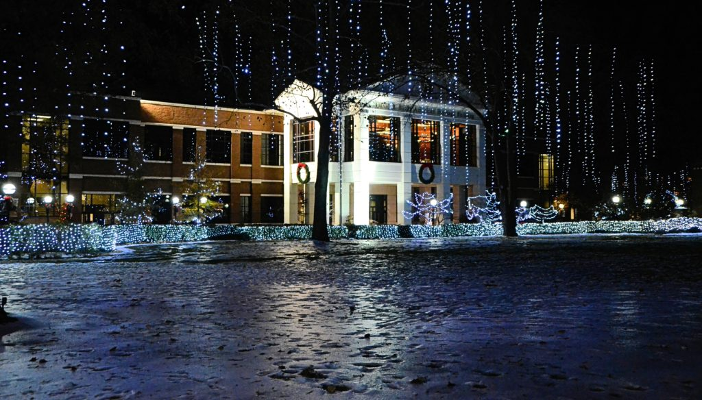 Holiday Of Lights Returns To Searcy Only In Arkansas
