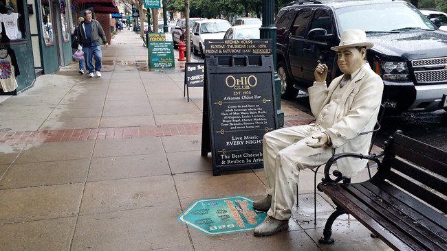 11 Hot Springs Ohio Club by Grav Weldon Al Capone statue on bench
