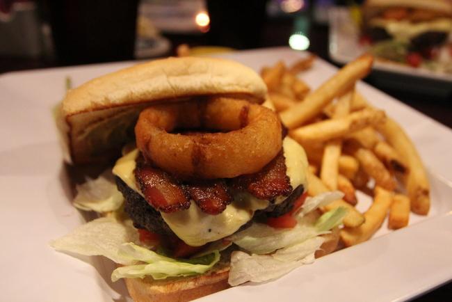 6 Hot Springs Ohio Club The Ohio Burger