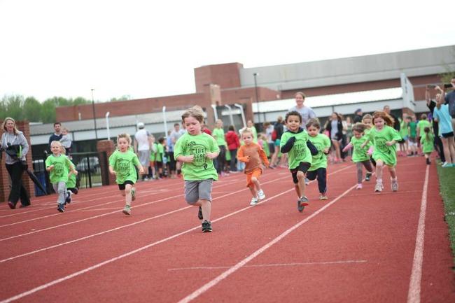 Kids Track Night1