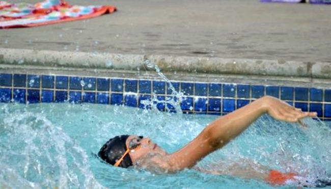 AquaHawgs Backstroke