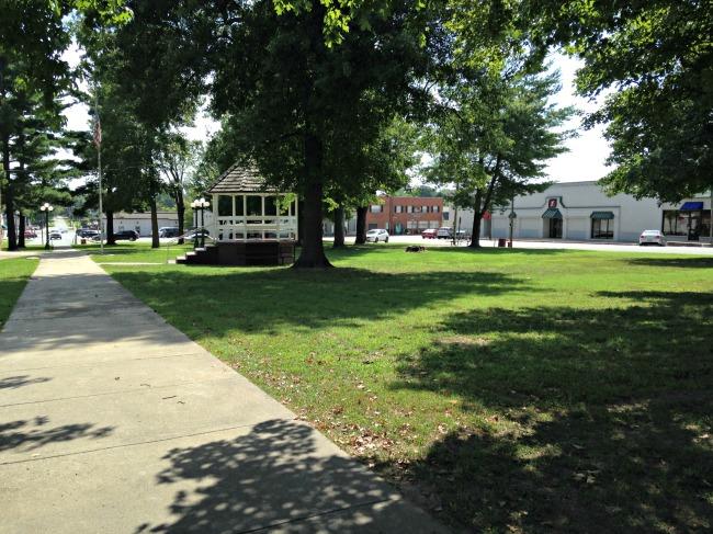 lincoln-town-square