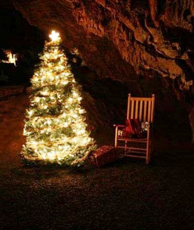 caroling-in-the-caverns