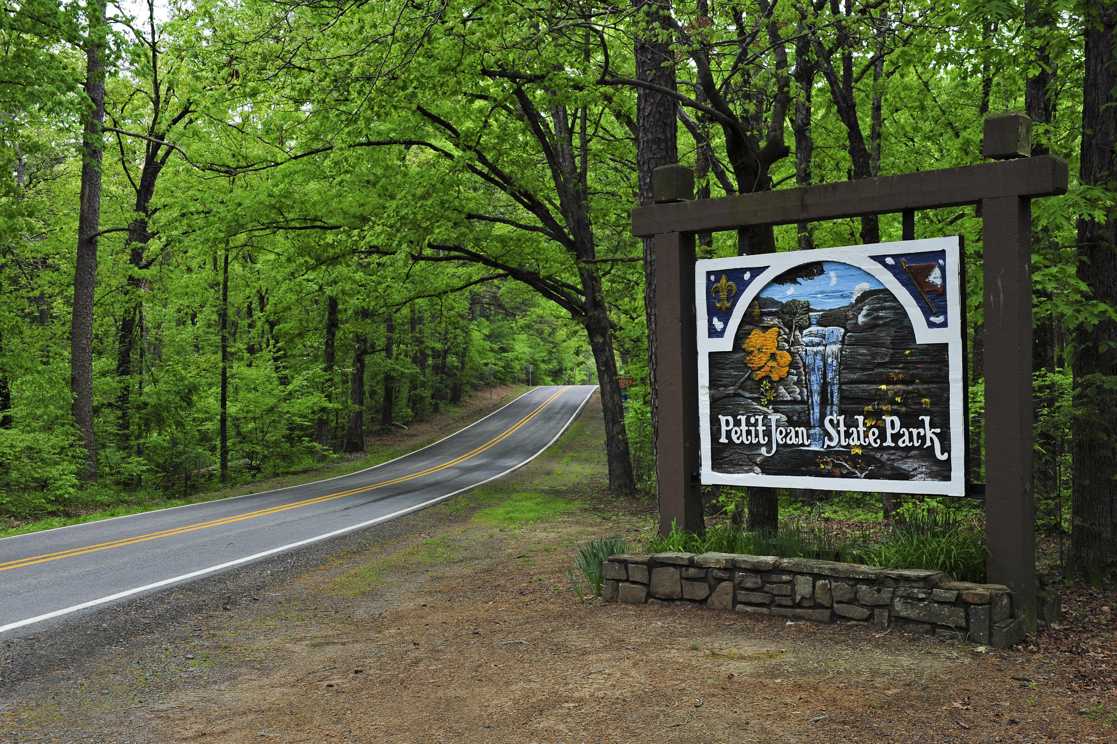 petit_jean_state_park_sign_morrilton_8727
